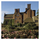 The pink rose garden at Chartwell